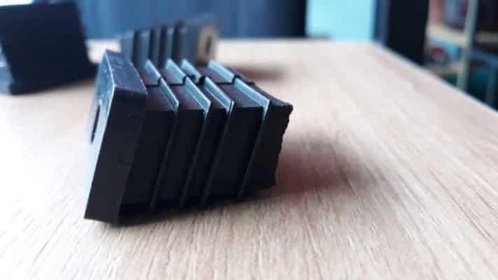 Nút nhựa chữ nhật nghiêng 20x40 CDS-14472