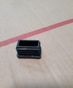 Nút bịt sắt/ inox hộp chữ nhật 15x30 bằng nhựa loại A CDS-14310