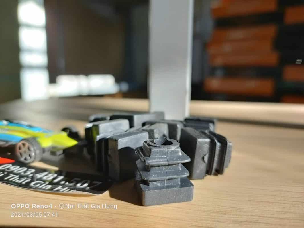 Bịt nhựa đầu sắt hộp 16x16 CDS-16745